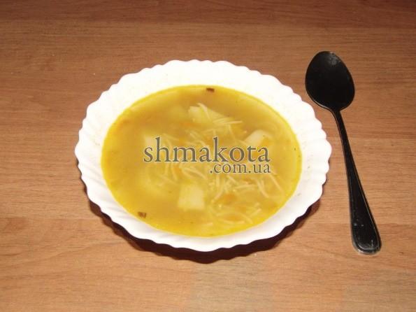 Суп с вермишелью на креветочном бульоне
