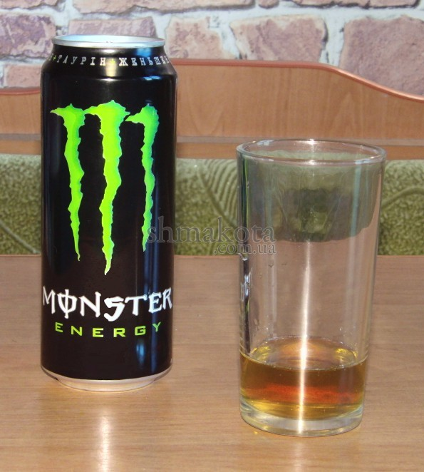 Банка Monster Energy