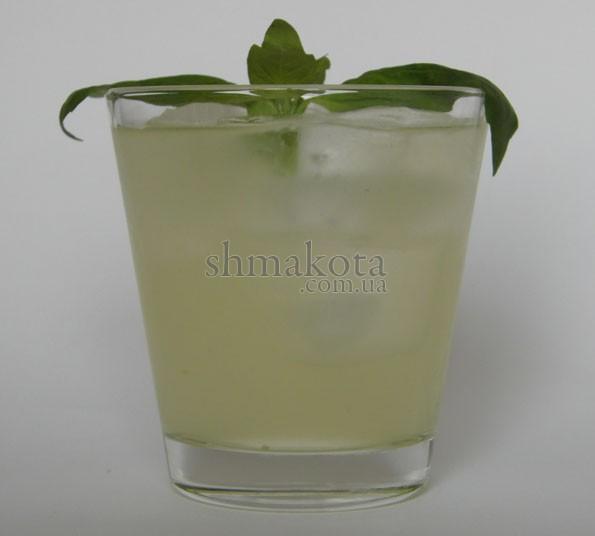 Коктейль Gin Basil Smash