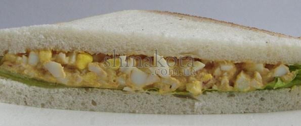 Сендвич с яичным салатом