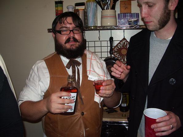 Эти джентльмены разбираются в вечеринках